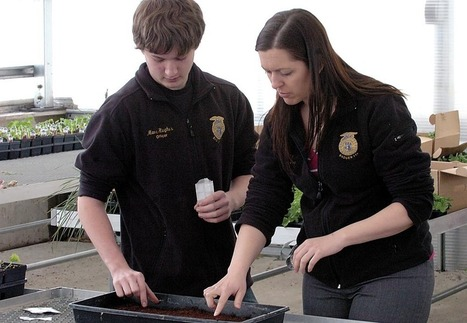 Badger HS students growing knowledge--and food - Walworth County Today | Vertical Farm - Food Factory | Scoop.it