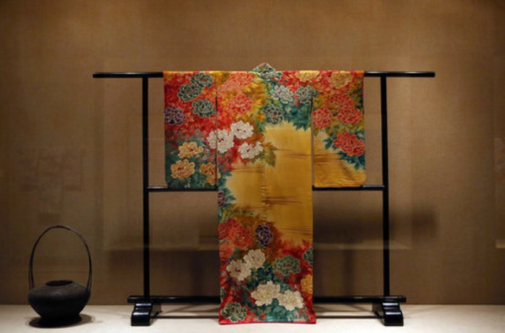 'Kimono: A Modern History' at the Met Tells Rich Stories Through Fabric | The New York Times | Kiosque du monde : Asie | Scoop.it
