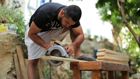 Palestinian learns to make recycled art in prison | Social Art Practices | Scoop.it