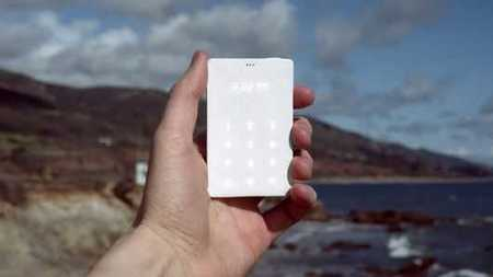 No Facebook, No Games, No Browser: The Light Phone Is The Anti-Smartphone | Tech Ethics | Scoop.it