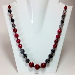 Garland Onyx | Ruby AD Pendant and Earrings | Scoop.it