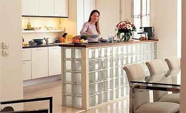 Bricolage bar en briques de verre cuisine for Brique de verre cuisine