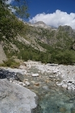 Le Parc National des Ecrins propose à Entraigues, en Isère, une exposition sur la mémoire d'un vieux montagnard du village du Désert en Valjouffrey   montagne   Scoop.it