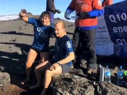 Watch: Morpeth man completes Ice Bucket Challenge - on top of Mount Kilimanjaro | Climbing Kilimanjaro | Scoop.it