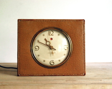 1940s Vintage Shelf Clock - The Vintage Village | Vintage Passion | Scoop.it