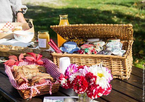 Un goûter à la ferme de Falgayroles | L'info tourisme en Aveyron | Scoop.it