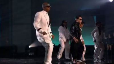 Video: PSY and MC Hammer sing 'Gangnam Style' and 'Too Legit ... | Winning The Internet | Scoop.it