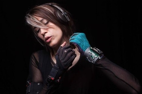 These $2,000 Gloves Turn Gestures Into Music | Industry News: Mi.Mu Gloves | Scoop.it
