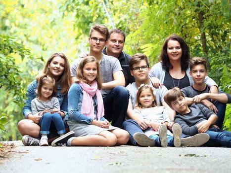 Aké to je mať 8 detí? Každé moje dieťa je iné, užila som si veru už všelijaké problémy | Správy Výveska | Scoop.it