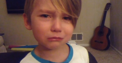 Little Boy Feels Your Pain, Has Meltdown Over iOS 7 [VIDEO] | Digital-News on Scoop.it today | Scoop.it