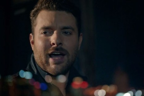 Chris Young's 'I'm Comin' Over' Video Takes Sexy to a New Level | Country Music Today | Scoop.it
