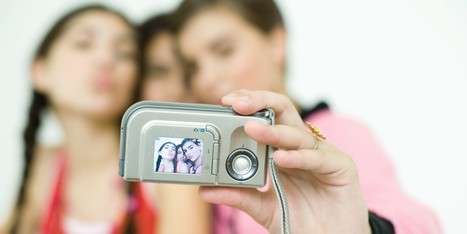 You Can Now Get Fined $1 For Taking A Selfie | Radio Show Contents | Scoop.it