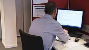 Poser des vacances au début de son contrat de travail ? - Francetv info   socioquid.fr   Scoop.it