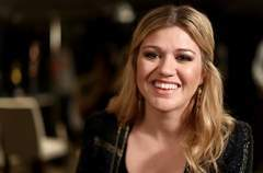 Kelly Clarkson in no rush to become country star - Wausau Daily Herald | Country Music Today | Scoop.it