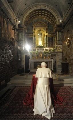 Sesso e carriera, i ricatti in Vaticano dietro la rinuncia di Benedetto XVI - Repubblica.it | Comment informer sur le Vatican ? | Scoop.it