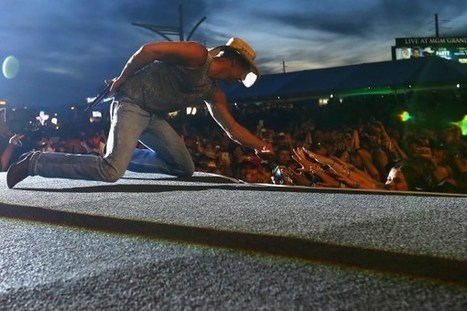 Kenny Chesney Debuts 'Setting the World on Fire' Music Video | Country Music Today | Scoop.it