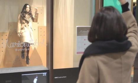 Des mannequins qui reproduisent les mouvements des passants - Le Soir | Objet publicitaire | Scoop.it