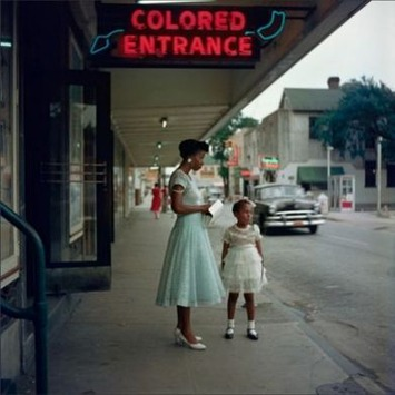 Powerful Photographs Of Segregated America Discovered After Decades In A Box | Antiques & Vintage Collectibles | Scoop.it
