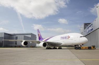 PICTURES: Thai Airways' first A380 rolls out of paint shop | Allplane: Airlines Strategy & Marketing | Scoop.it