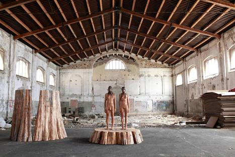 Aron Demetz:  Rooting | Art Installations, Sculpture, Contemporary Art | Scoop.it