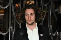 Aaron Taylor-Johnson awestruck by director Gareth Edwards - Movie Balla | News Daily About Movie Balla | Scoop.it