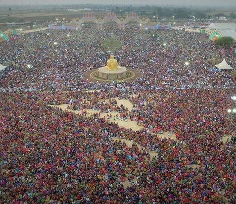 સુરતઃ મહંત સ્વામીની નીશ્રામાં 44 યુવાનો બન્યા સાધુ, ઉમટ્યું માનવ મહેરામણ | in-SURAT.info | Scoop.it