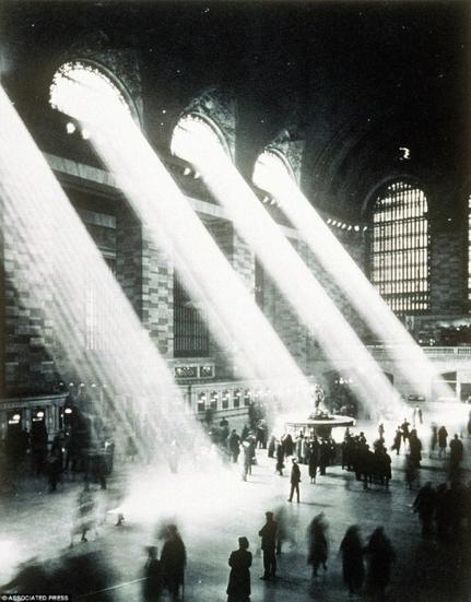New York, 100 ans de photographie encore jamais vu. | Rhit Genealogie | Scoop.it