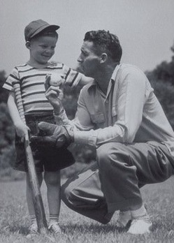 The Three Munera of Fatherhood   Byť otcom!   Scoop.it