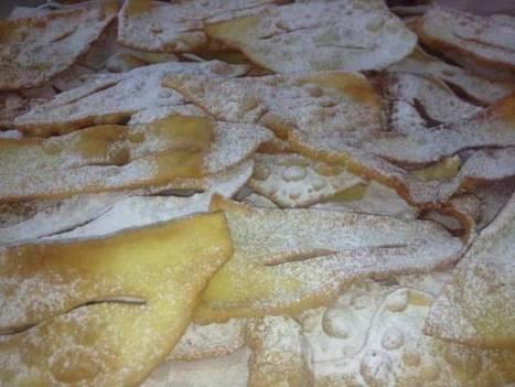 Celebrate Carnevale with Chiacchiere | Todi&Umbria | Scoop.it