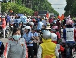 Chiến dịch trấn áp bạo loạn lớn nhất của cảnh sát cơ động TP HCM | Thu mua phế liệu giá cao - 0934 00 5859 | Scoop.it