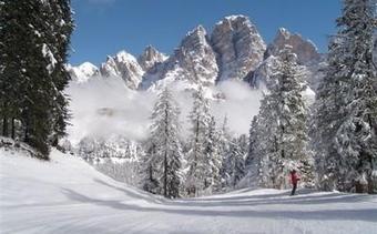 CORTINA - Domenica 24 novembre primi impianti aperti per lo sci | Travel to Italy | Scoop.it