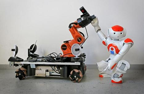 Robots come to each other's aid when they get the signal   Robótica Educativa   Scoop.it