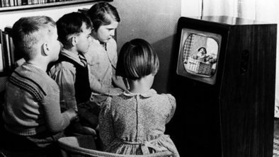 BBC News - Warning to cut TV for young children | Television Research | Scoop.it
