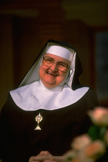 Mother Mary Angelica, Who Founded Catholic TV Network, Dies at 92 | Entreprenuership | Scoop.it