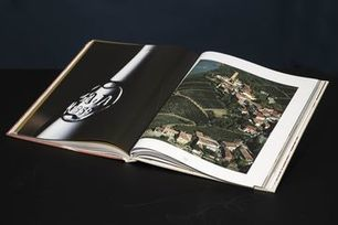 The $845 #Wine Book That Dealers Can't Keep in Stock | Vitabella Wine Daily Gossip | Scoop.it