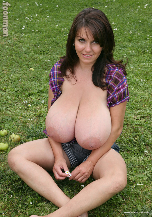 milena velba deshoja la milena velba redhat huge breast milena