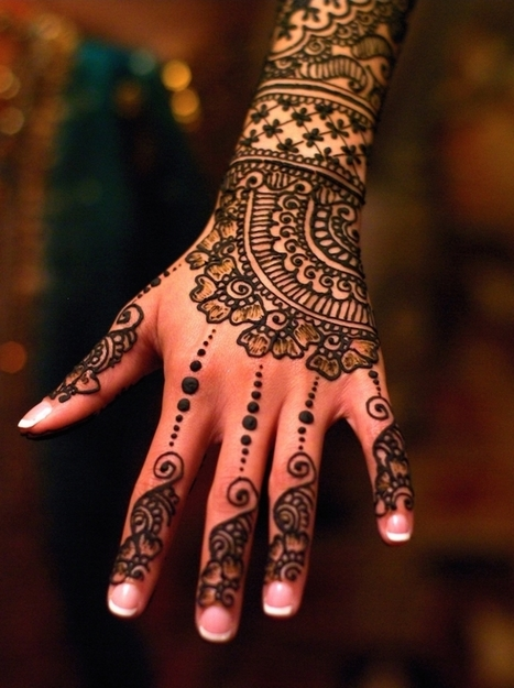 15 Gorgeously Designed #Henna #Tattoos with Unbelievably #Intricate #Patterns. #art | Luby Art | Scoop.it