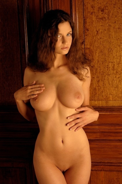 From sister blog&nbsp;More Than Curves:<br/><br/>Susann. | Busty Boobs Babes | Scoop.it
