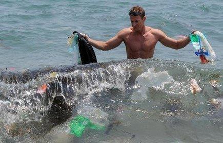 Des micro-fragments de plastique pollueraient 88% de la surface des océans   Toxique, soyons vigilant !   Scoop.it