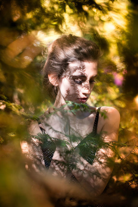 I Photograph Beautiful Women With Their Eyes Shut   ART    Conceptual Photography & Fine Art   Scoop.it