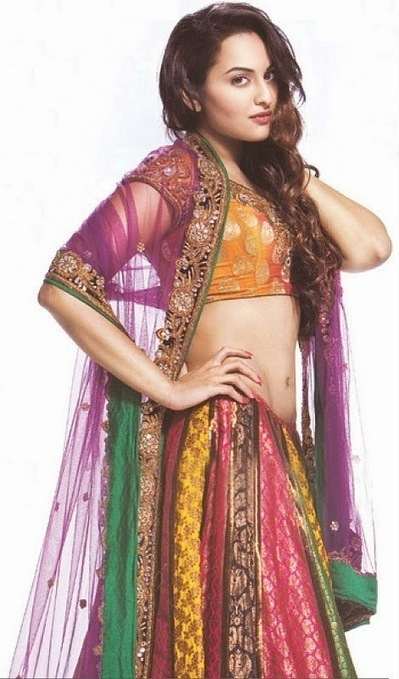 Sonakshi Sinha in Traditional and Classic Indian Sarees and Dresses, Actress, Bollywood, Indian Fashion | Indian Fashion Updates | Scoop.it