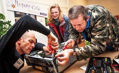 Voluntários consertam produtos de graça para protestar contra a obsolescência programada | RL | Scoop.it