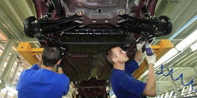 4 idées reçues sur le travail dans l'industrie   Emploi Industrie   Scoop.it
