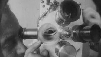 Viaje psicogeográfico con Man Ray | space oddity | Scoop.it