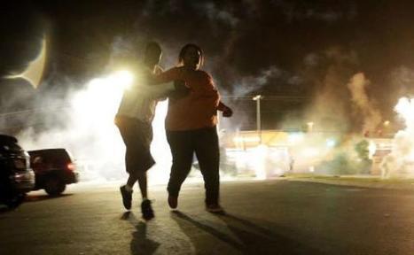 Etats-Unis/Ferguson: La police tire du gaz lacrymogène sur les manifestants | Art Danse Théâtre Musique francophone | Scoop.it