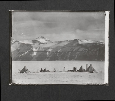 Lost photographs from Scott of the Antarctic's doomed expedition   the Guardian   Kiosque du monde : A la une   Scoop.it