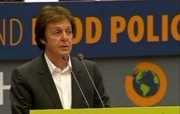 WATCH: Paul McCartney Takes Meatless Mondays to Parliament | Nature Animals humankind | Scoop.it
