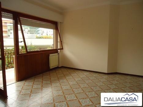 Appartamento in Affitto a Formia - San Giulio - Daliacasa - Agenzia... | Immobili in vendita ed affitto | Scoop.it