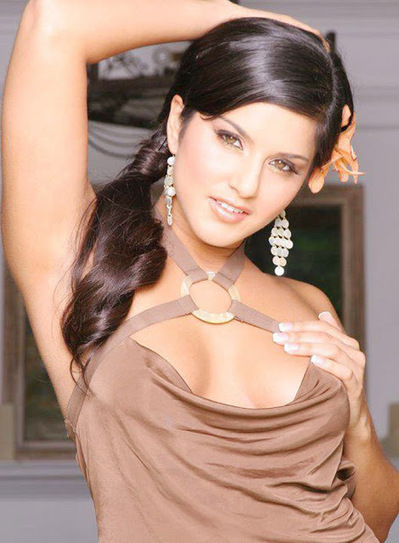 Sunny Leone Posing for Photoshoot for Ragini MMS 2 in Bollywood | Fashion Divas | Scoop.it