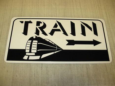 TRAIN ART DECO Metal Sign w/ Arrow Model Train Engine Vintage Style Retro Design | Communication | Scoop.it